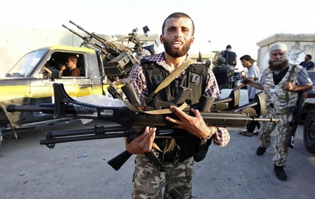 libya-rebel-g36-2011-08-23.jpg