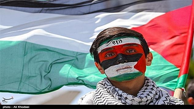 Birçok İslam ülkesi İsrail'le işbirliği peşindeyken, İran gölgede kalan Filistin davasını öne çıkarıyor