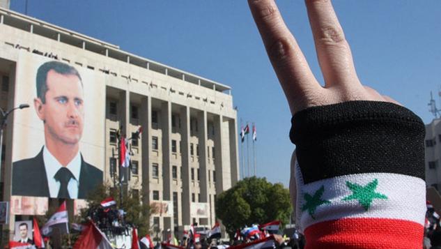 Suriye adım adım Arap boykot duvarını deliyor: Şam'da hac mevsimi