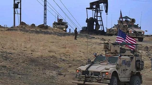 ABD, Suriye'nin petrolünü çalma anlaşmasını uygulamak için askeri yığınak başlattı