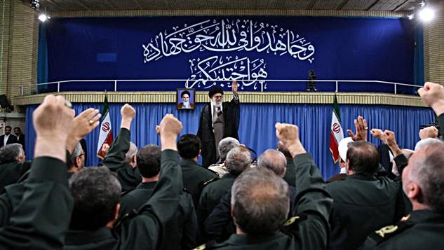 İslam İnkılabı Rehberi: Amerika'ya asla güvenmemek akılcılığın ve tecrübenin neticesidir