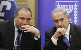 Netanyahu'nun gemisinde çatlak: İlk düşen Lieberman oldu