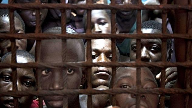 Batı sömürü ve köleleştirmeyi en ilkel haliyle devam ettiriyor