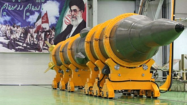 İran kendini kıyamet savaşına hazırlıyor! width=