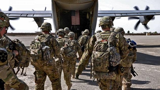 Afganistan'dan çıkmak zorunda kalan Amerika Suriye'den de çıkacak mı?