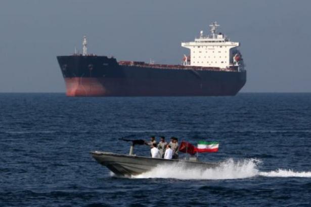 İran yalnız olmadığı gibi Amerika ve İngiltere de güvenilir müttefiklere sahip değil