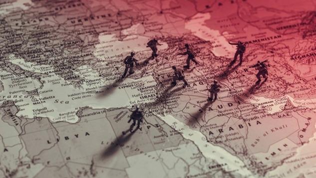 İran'a saldırı bölgesel savaşı ateşler width=